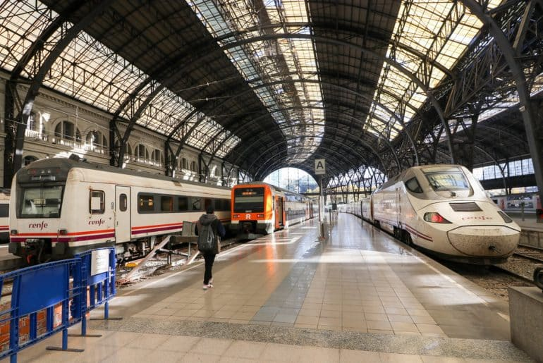 Se rendre au centre ville de Barcelone en train