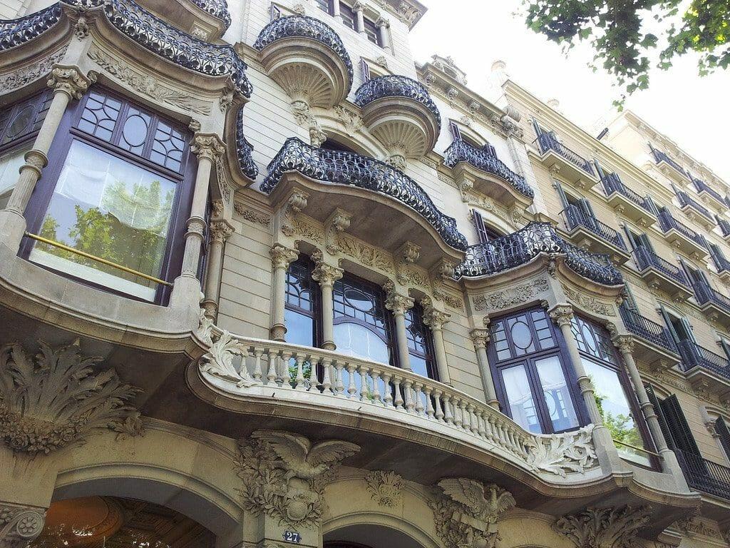 façade casa batllo barcelone gaudi