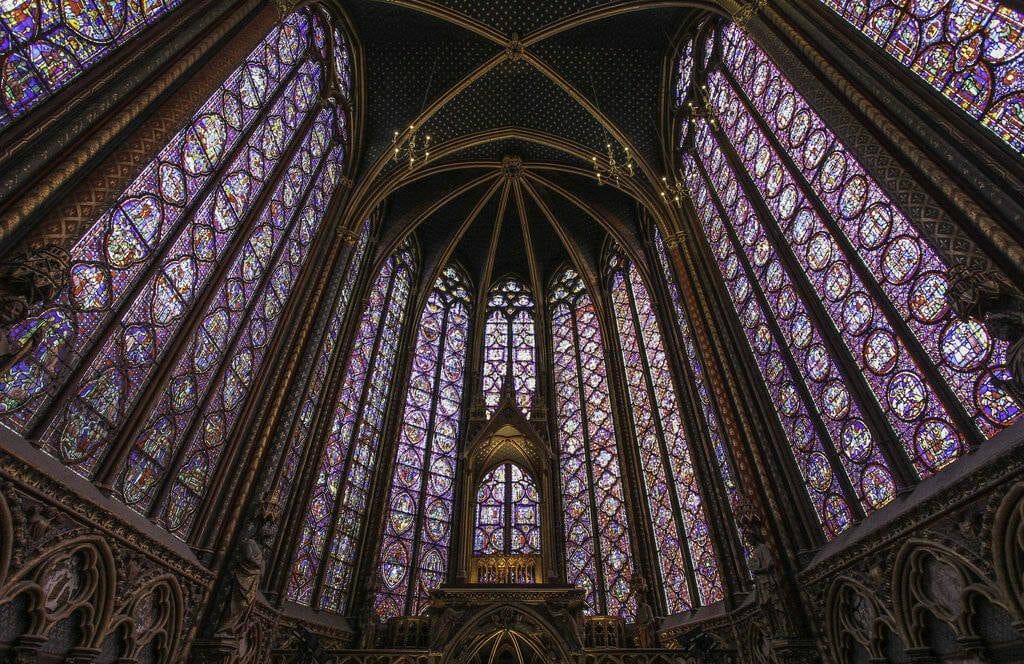 Les magnifiques vitraux de la Sainte Chapelle