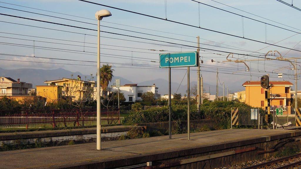 Rejoindre Pompei en train depuis Naples