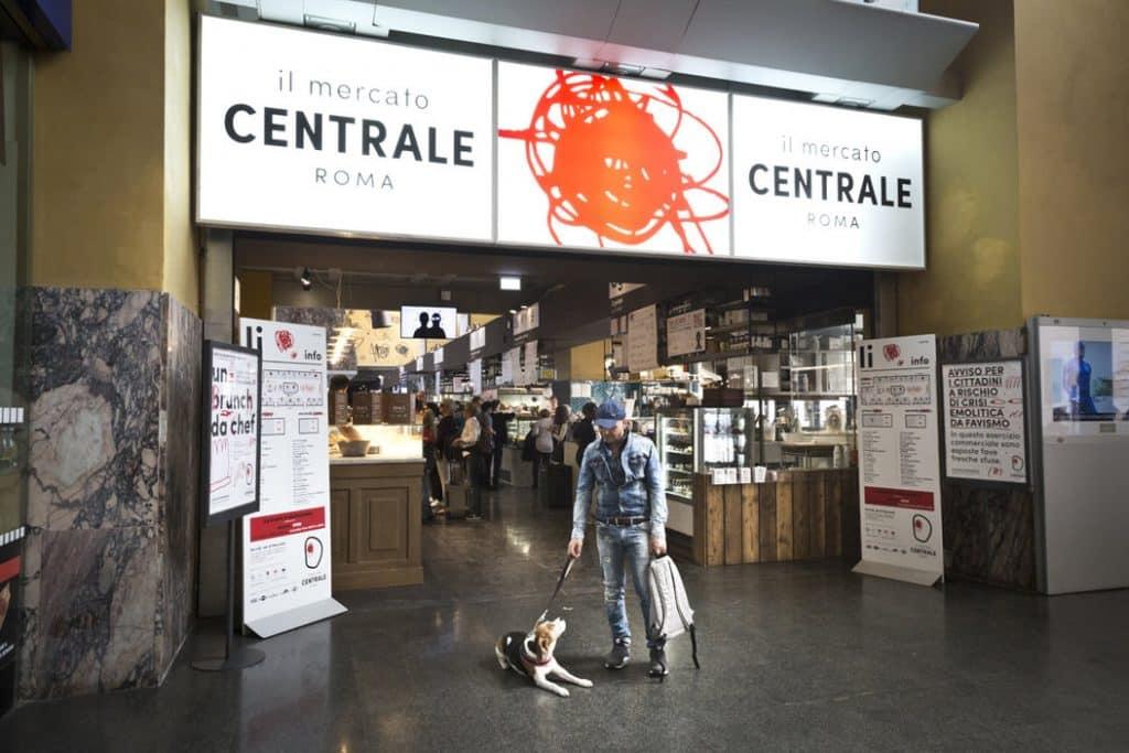 Entrée du Mercato Central à Rome