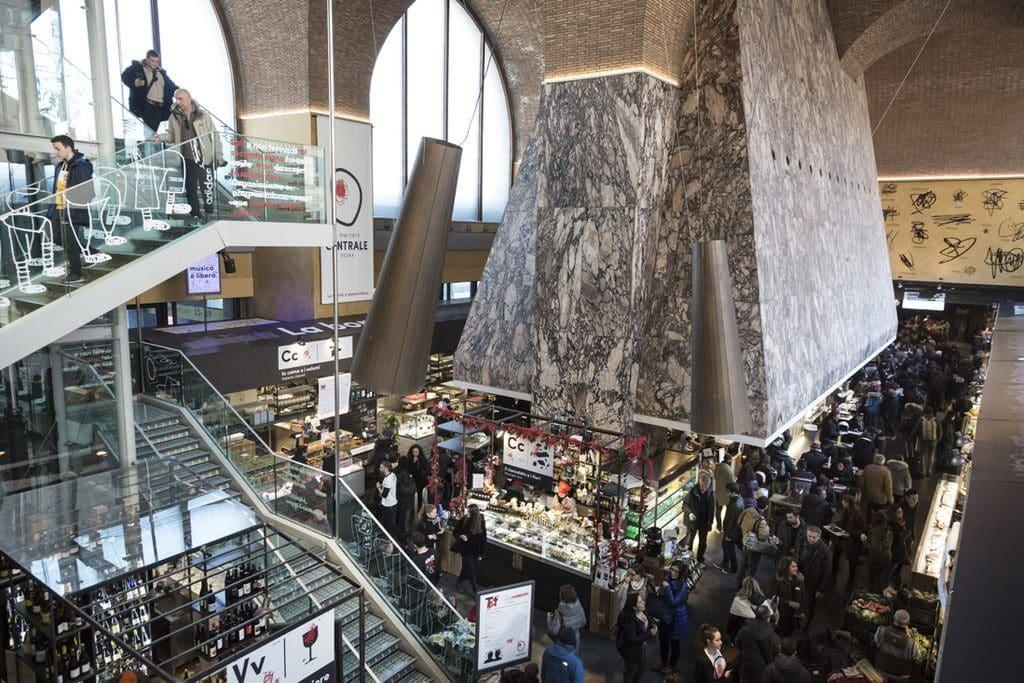 La hotte restaurée au coeur du Mercato