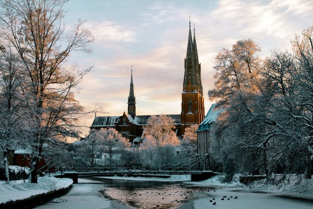 Uppsala - crédits photo https://yandex.ru/collections/card/593ea978215a84bc445e1c72/