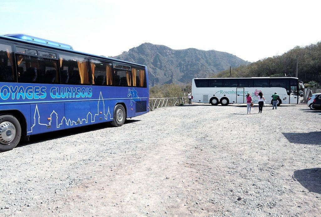 Le site d'arrivée des bus avant l'ascension