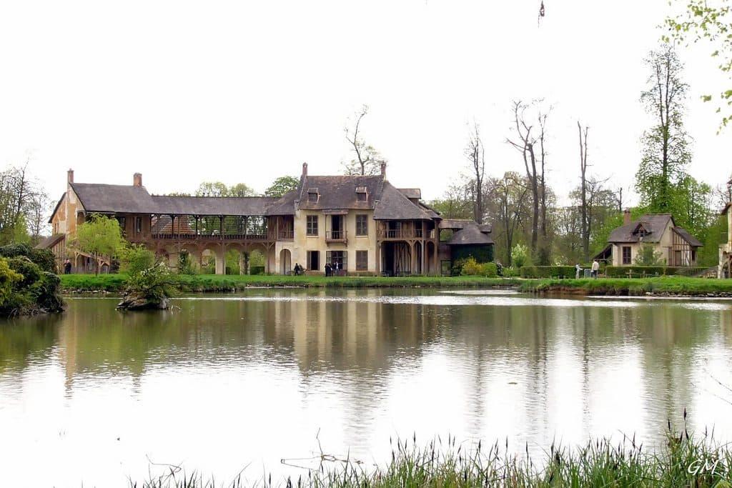 hameau de la reine chateau de Versailles