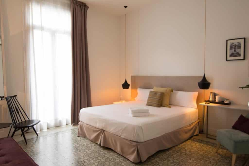 bed breakfast barcelone eixample forget me not plus