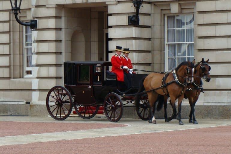 entrée du palais buckingham palace