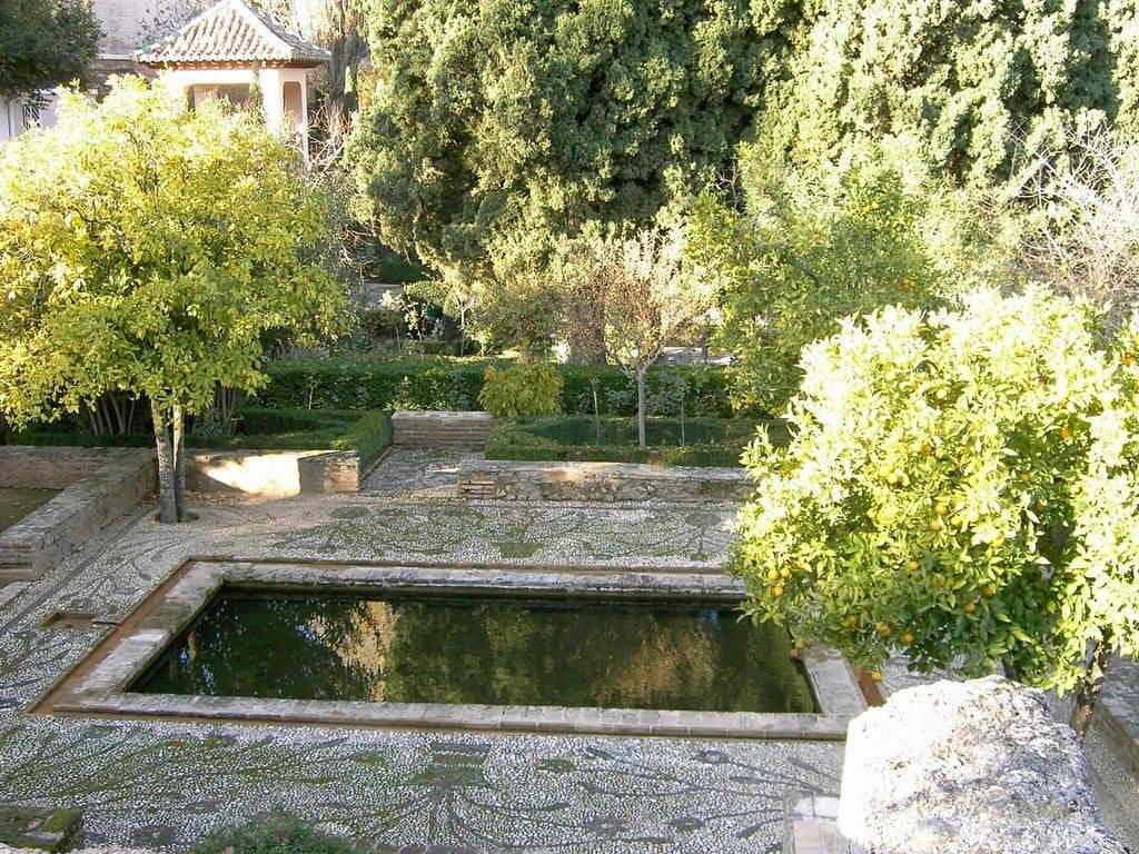 beaux jardins alhambra grenade