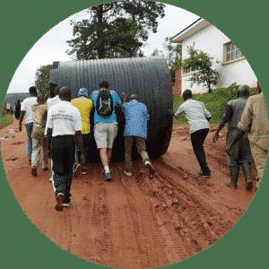 film solidaire installation tank eau