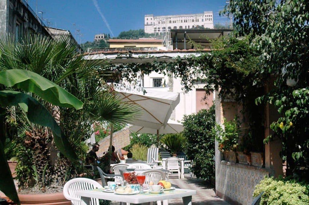 Naples hotel toledo