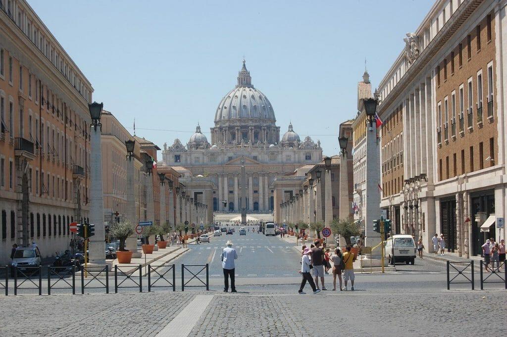 basilique saint pierre vue face
