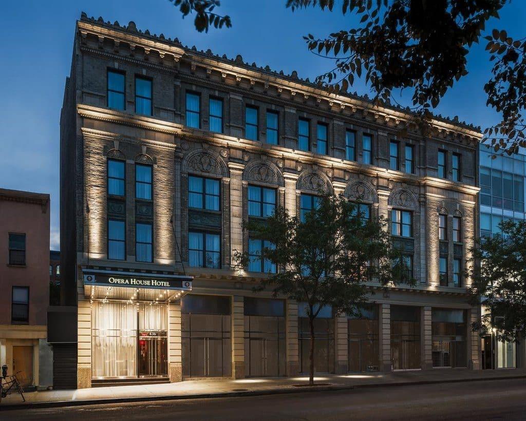 visiter new york bronx opera house