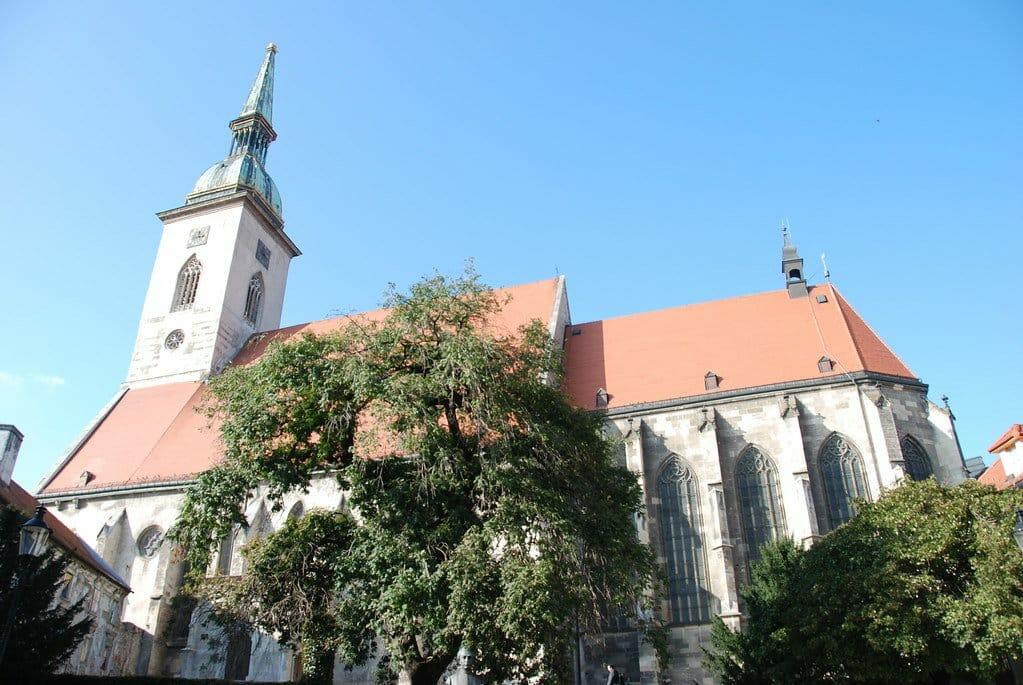 visite bratislava cathedrale saint martin