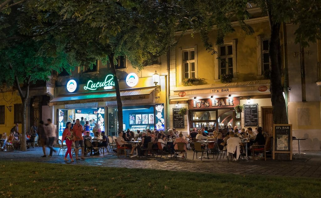 bratislava fete bar cafe