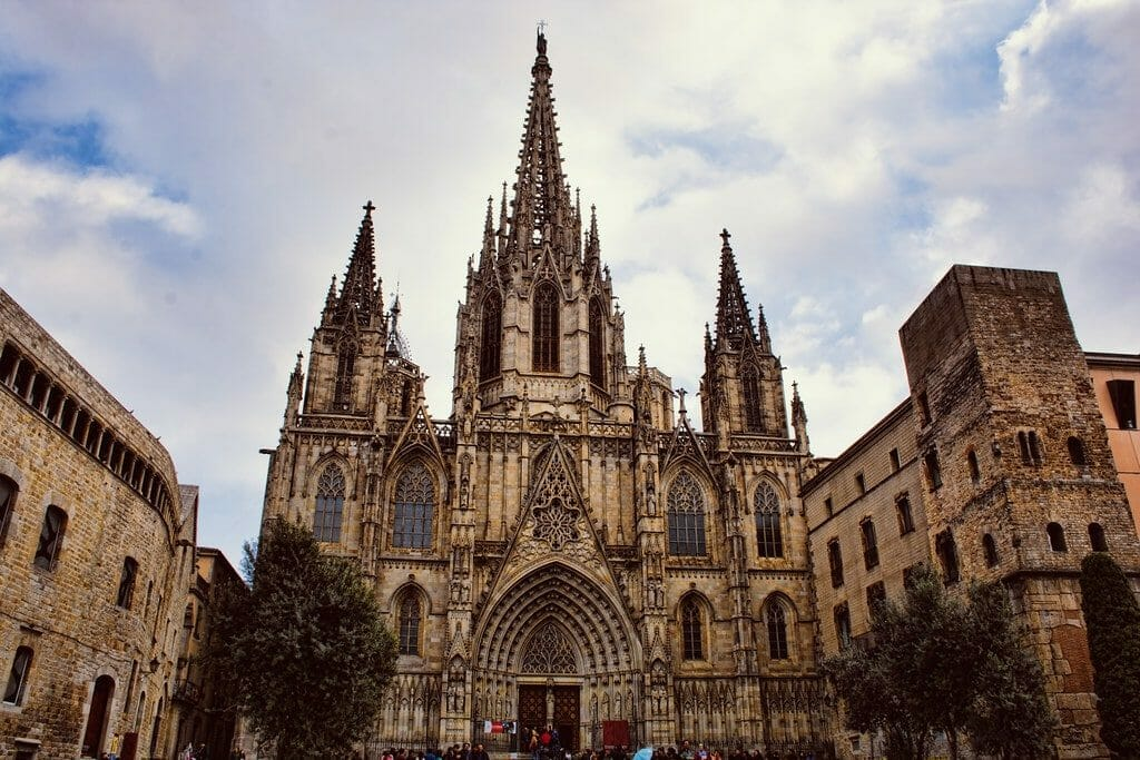 cathedrale barrio gotico visite guidee barcelone