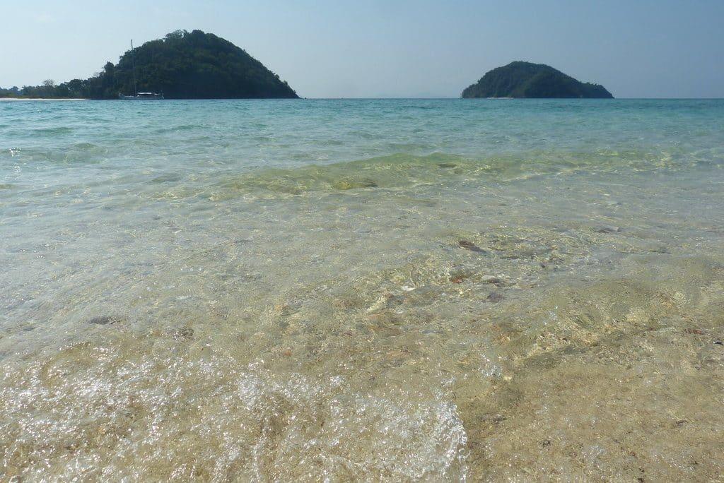 plage myanmar iles mergui sable blanc