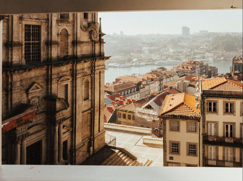 voyager portugal porto