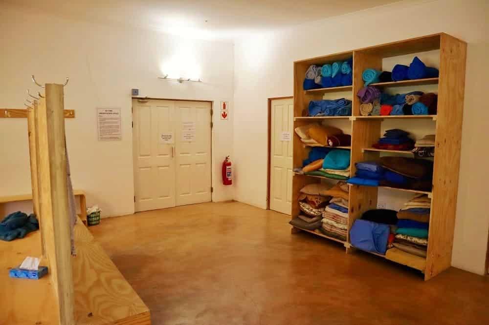 Les vestiaires du centre de meditation Vipassana de Worchester