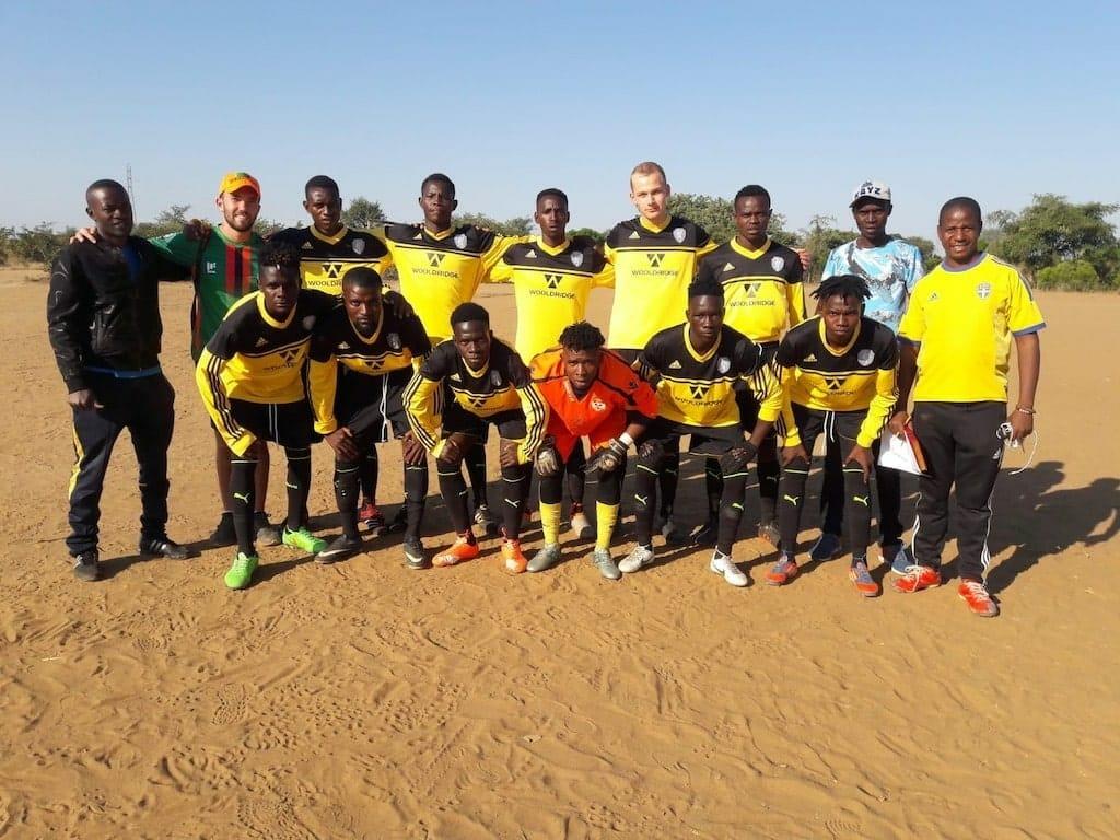 equipe foot zambie benevolat afriue