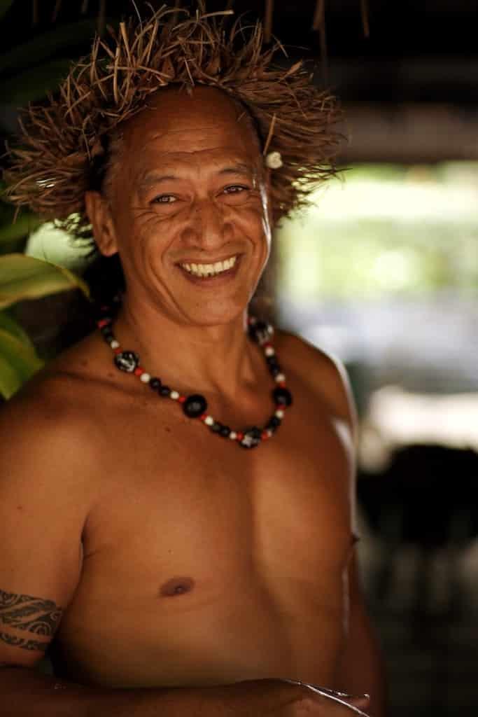 tenue traditionnelle polynesie francaise